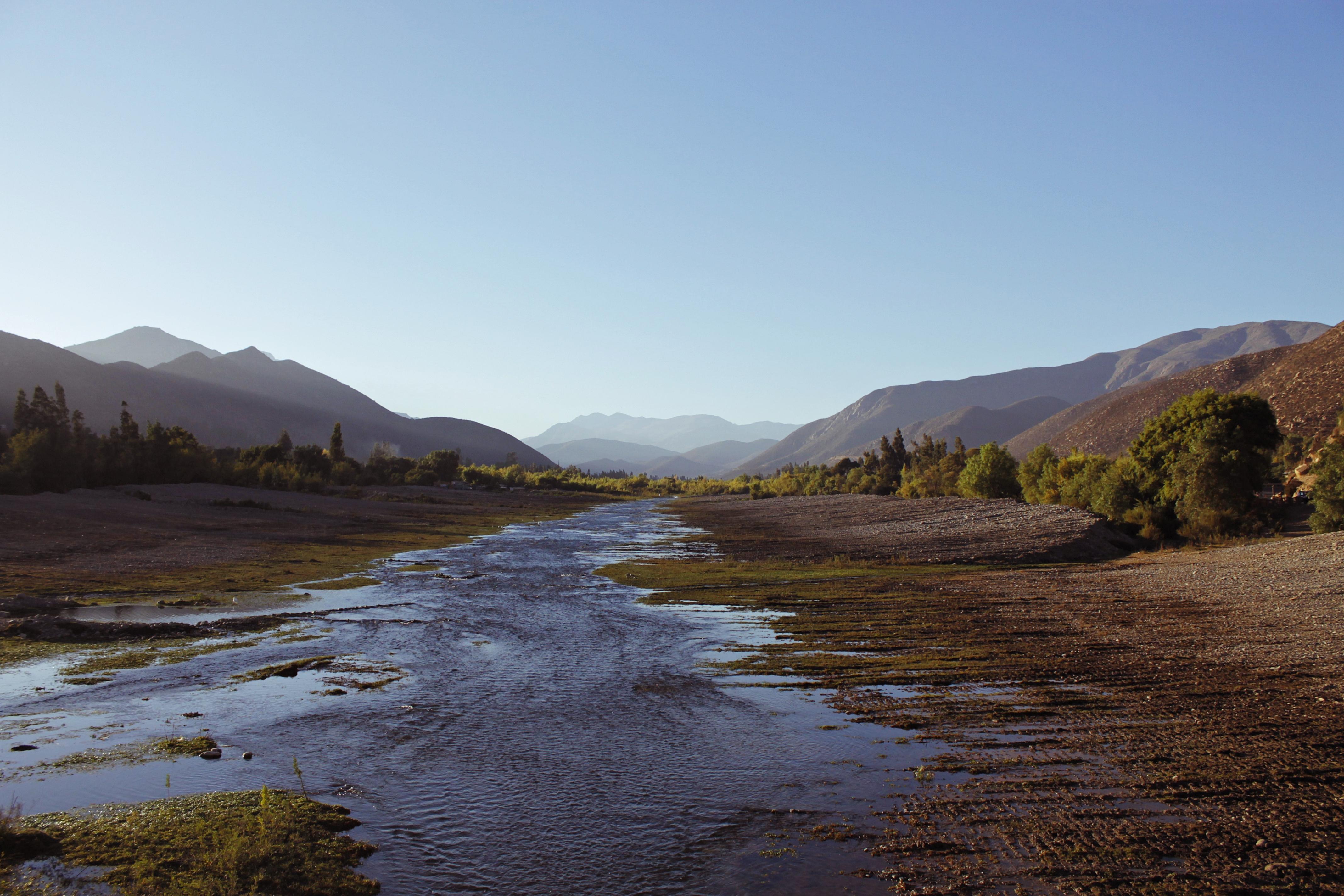 Distintos derechos: mercado hídrico en medio de la crisis del agua