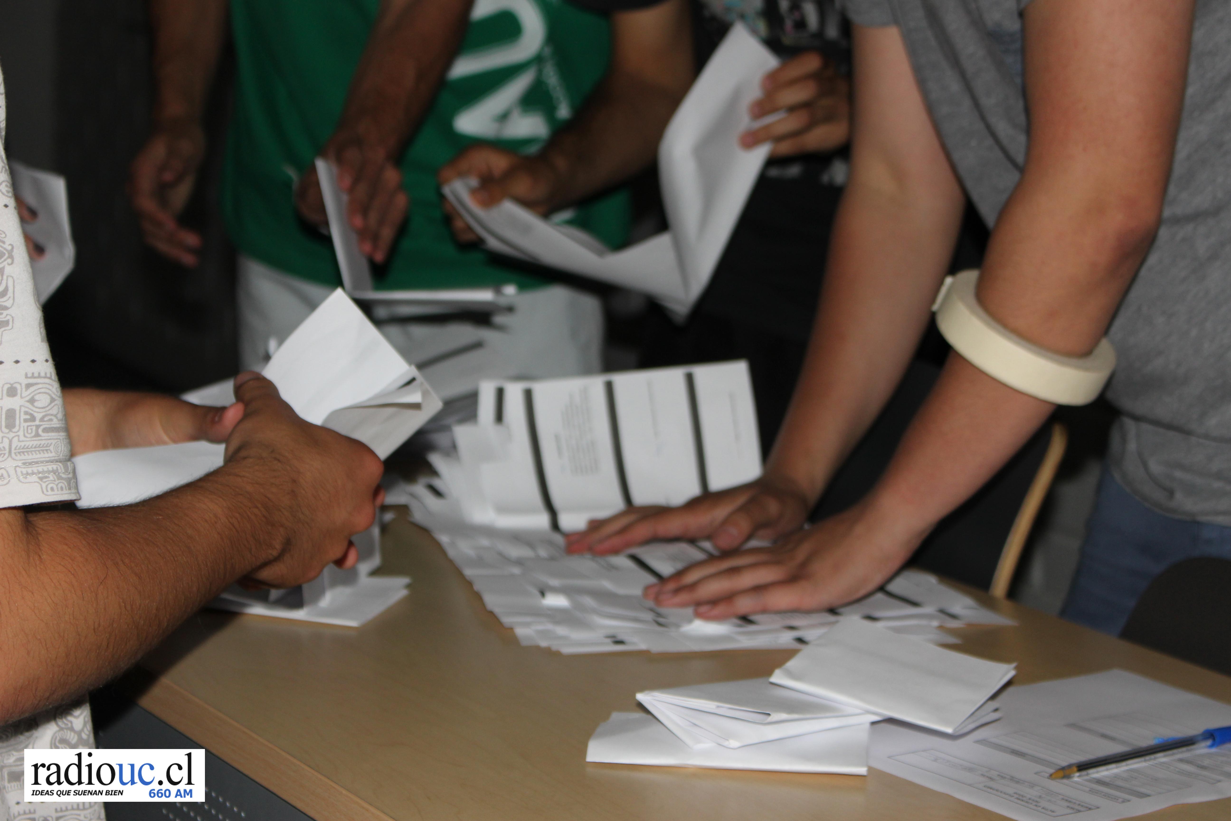Elecciones FEUC 2017: Sigue el recuento de la segunda vuelta en Radio UC