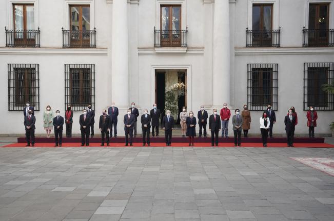 Cuarto cambio de gabinete del gobierno: Vivienda, Desarrollo Social y Segpres