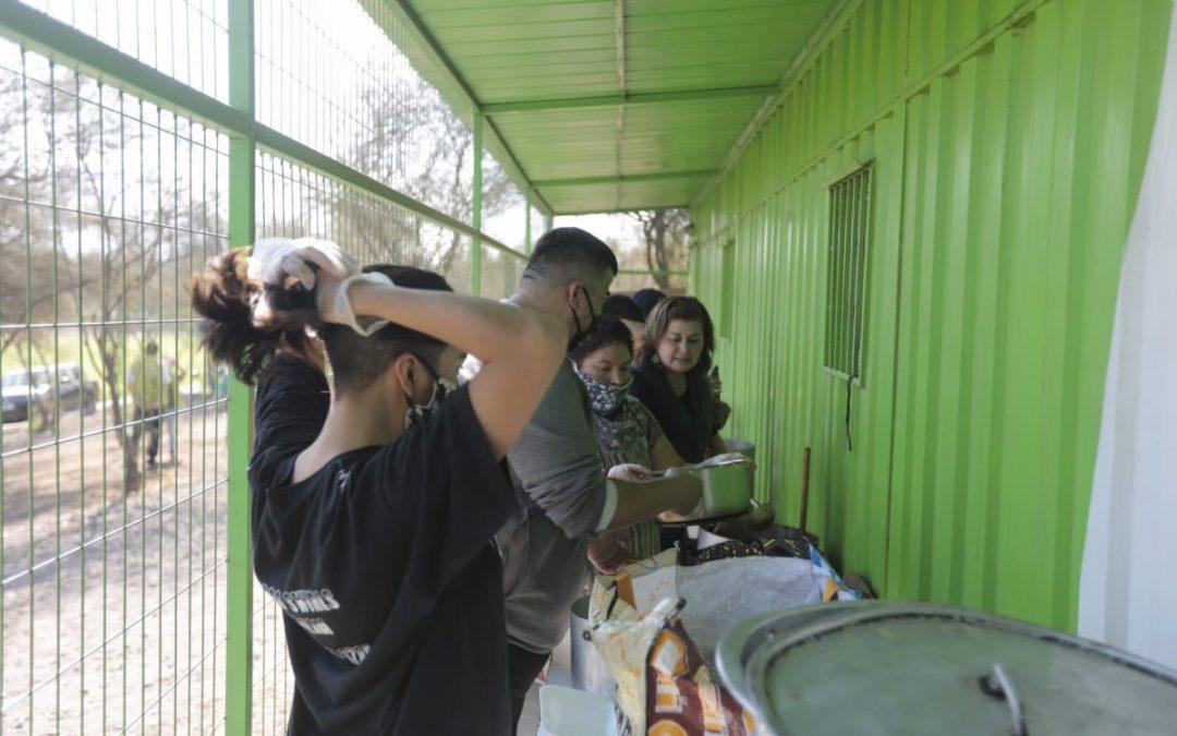 Comedores comunitarios en Renca y Puente Alto llegan a cerca de 11 mil personas
