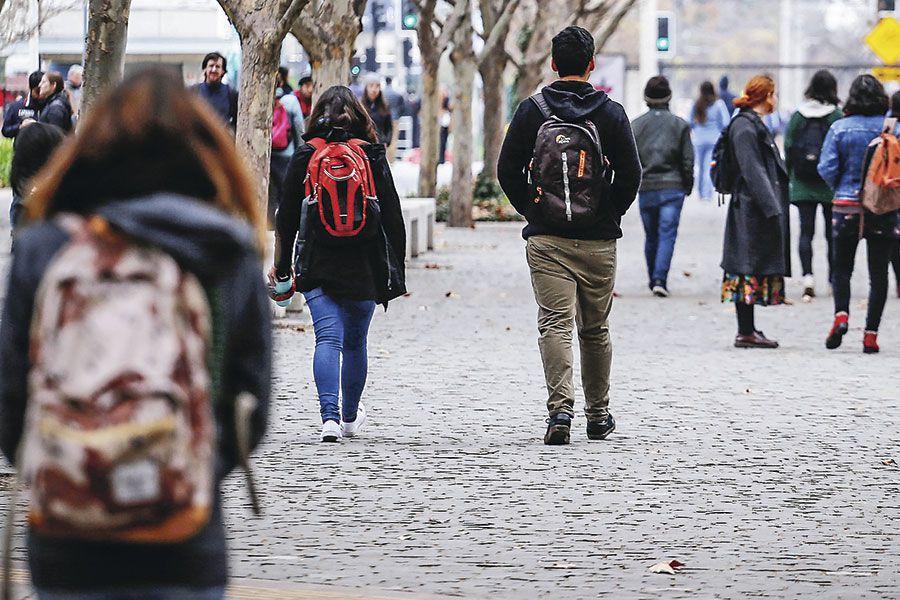 Proyecto de ley busca suspender pago de créditos universitarios durante el Estado de Catástrofe